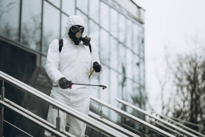 Sanitização para shoppings: mantenha os clientes seguros